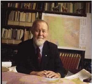 Giáo sư Roger Tomlinsonđược cả thế giới công nhận là cha đẻ của GIS
